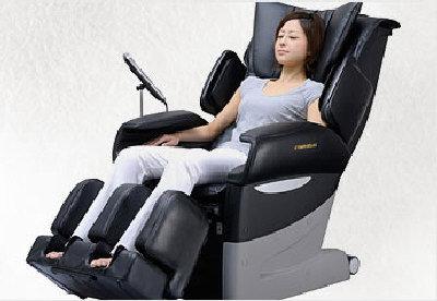 北美富士醫療器集團中秋節零利率大優惠,各界訂購世界頂級EC-3700型號椅,可分期付款,輕鬆享受仿人手的按摩指壓推拿。