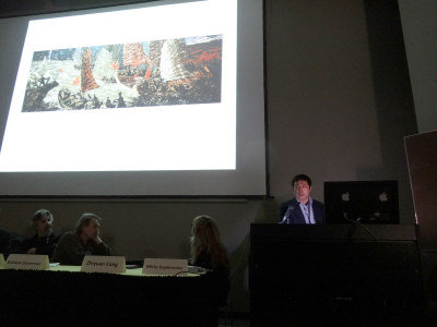叢志遠(右)主持「當代中國版畫」研討會,向世界介紹中國版畫。(圖:威大中國藝術中心提供)