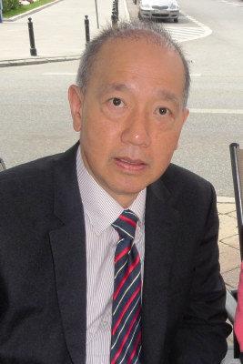 鄺鐵誠教授在舊金山大學管理學院開設「國際市場行銷」課程。(圖:鄺鐵誠提供)