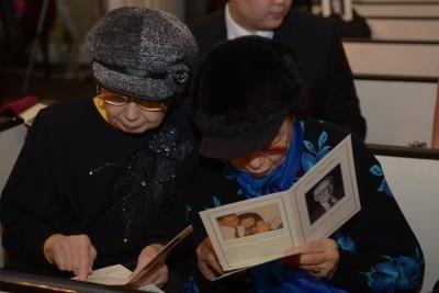 趙淑俠(右)、趙淑敏姊妹參加夏志清追思會致詞。(記者許振輝/攝影)