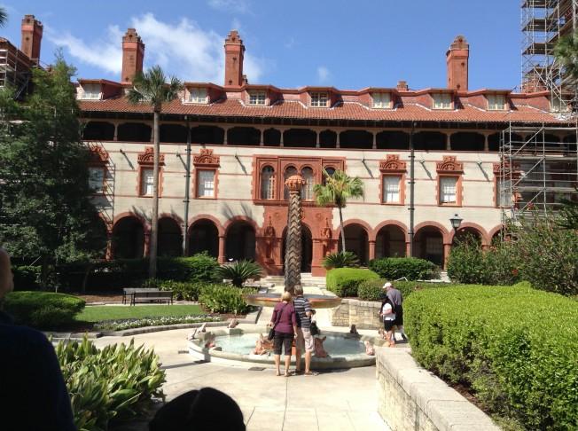 龐塞?德萊昂廳是弗拉格勒學院最主要的一個建築。