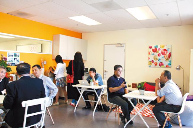 AG咖啡館是公益性質的,目的是建立社區,打造創業者、投資人的強關係,塑造交流平臺的品牌。(詹朋朋提供)