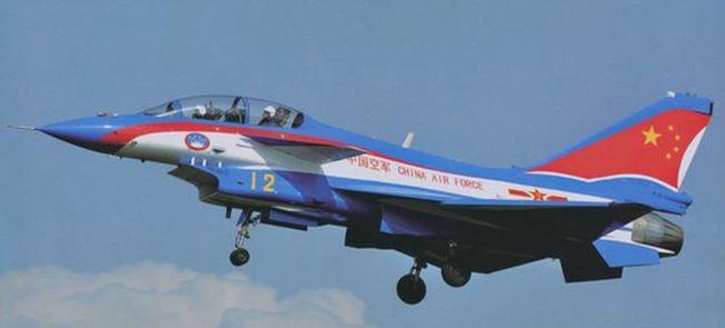 殲10S雙座戰機。(取材自環球網)