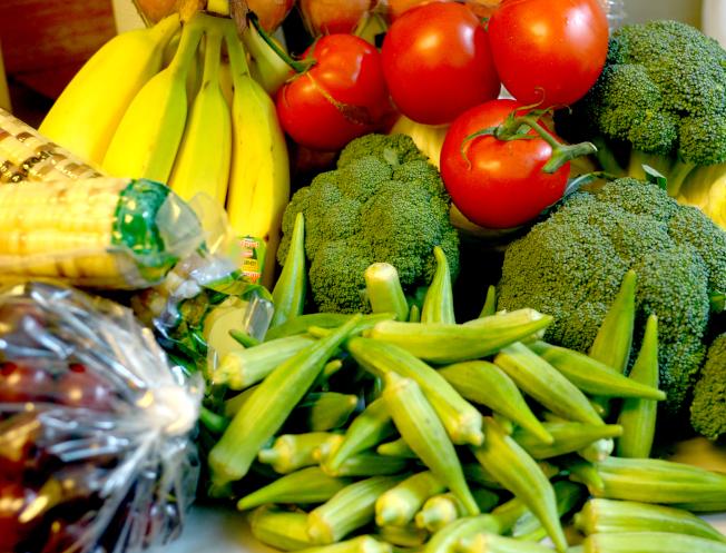 水果和蔬菜含有纖維,研究發現,每日攝取的纖維每增加7克,第一次中風的風險就降低7%。(記者許振輝/攝影)