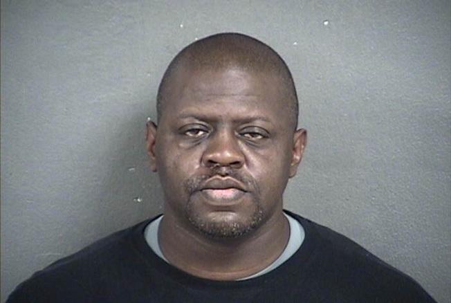 堪州黑父 打死7歲兒餵豬吃