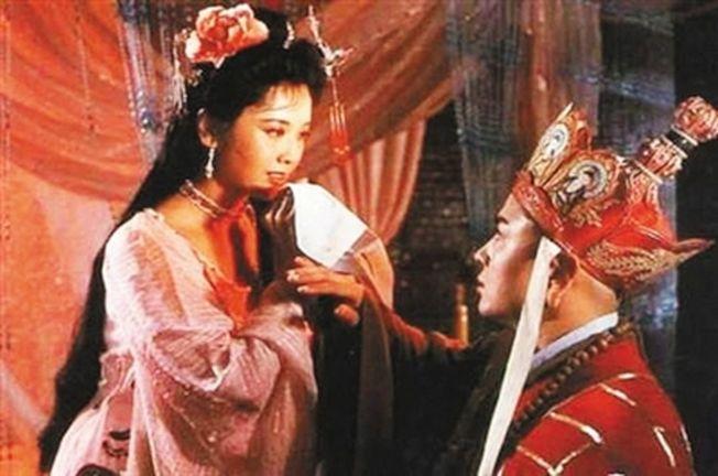 圖為《西遊記》劇照,劇情為女兒國國王欲招唐僧為夫。(取材自新京報)