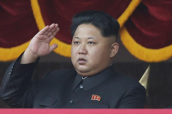 歐習會將處及北韓核武等問題。圖為北韓領導人金正恩檢閱部隊。(美聯社)
