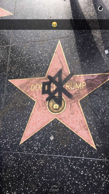 川普好萊塢地磚遭人踐踏 眾人請願要求移除
