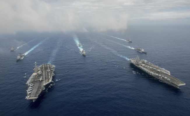 美兩支航母群 南海部署演習