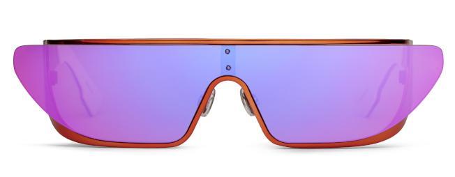 RIHANNA粉紫鏡面太陽眼鏡。(圖:Dior提供)