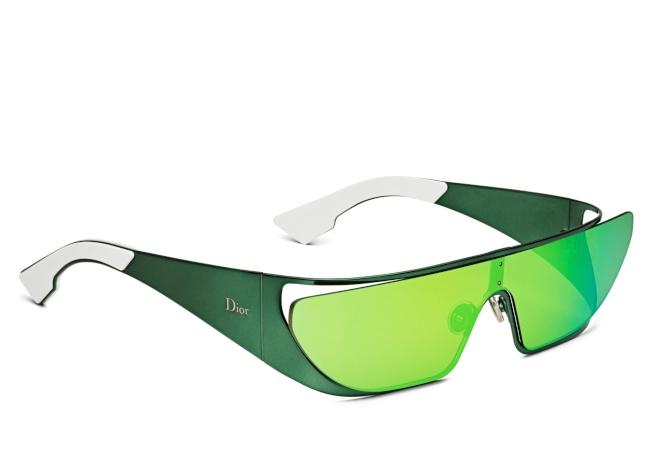 RIHANNA綠色鏡面太陽眼鏡。(圖:Dior提供)