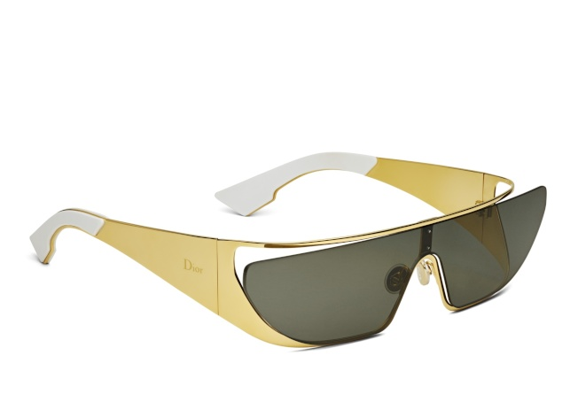 RIHANNA黃金鍍邊鏡面太陽眼鏡。(圖:Dior提供)