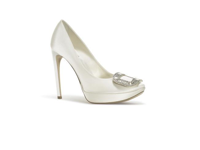 Roger Vivier婚鞋系列跟鞋。(圖:Roger Vivier提供)