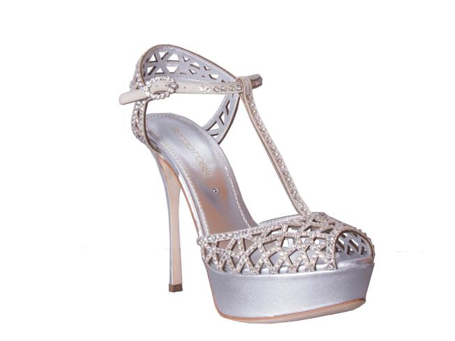 sergio rossi婚鞋系列TRESOR羊皮前墊水鑽涼鞋。(圖:sergio rossi提供)