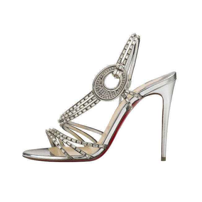 Christian Louboutin的Silver Crystal為受歡迎婚鞋款式之一。(圖:Christian Louboutin提供)