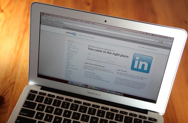 像LinkedIn這樣的職業社交平台越來越受到求職者和人事經理的重視。(Getty Images)