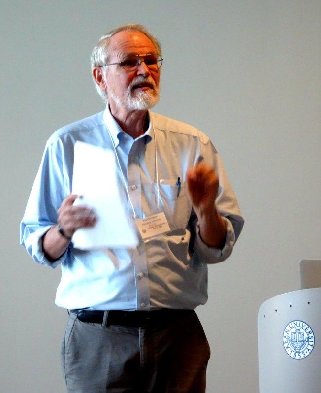 普林斯頓大學教授柯林漢(Brian Kernighan),榮獲首屆新州電腦高等教育獎。(記者謝哲澍/攝影)
