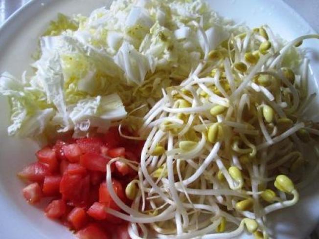 ★(二-1)番茄黃豆芽湯麵