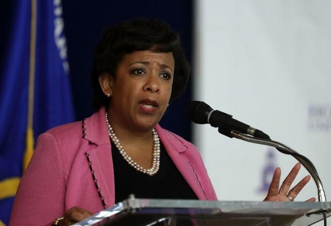 美司法部長反對FBI重新調查電郵