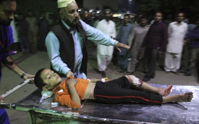 穆斯林少年自爆 巴國52死百傷