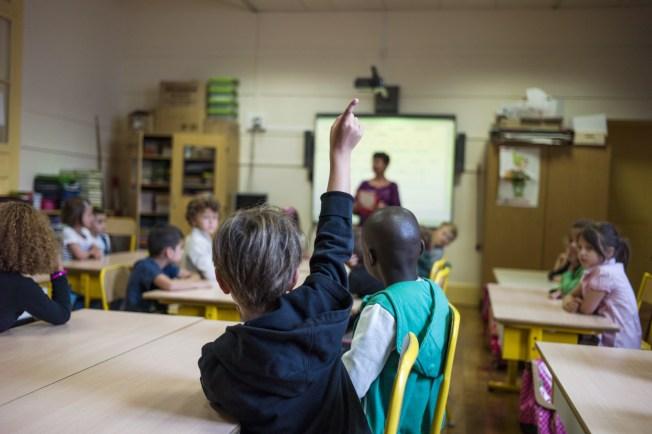 學生們參與課堂討論也是對表達和溝通能力的鍛鍊。(Getty Images)