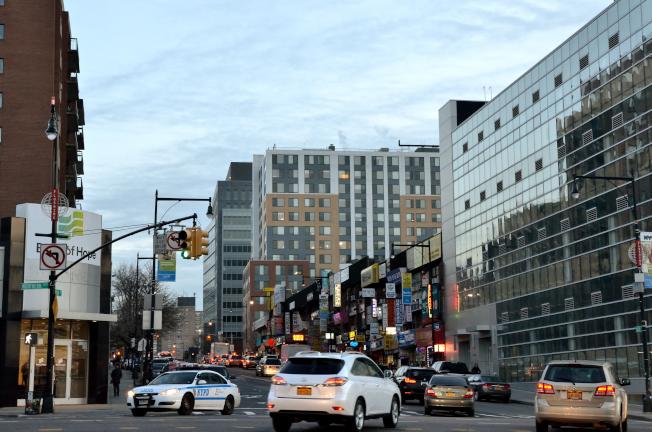 纽约法拉盛贵族化 房市火热潜藏危机