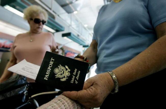延期美国护照要快 2000万人跟你抢
