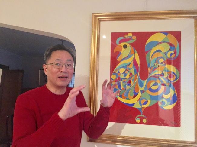 金佩良筆下的雞,都只有一隻腳,在在顯示金雞獨立的精神。(記者曾慧燕/攝影)