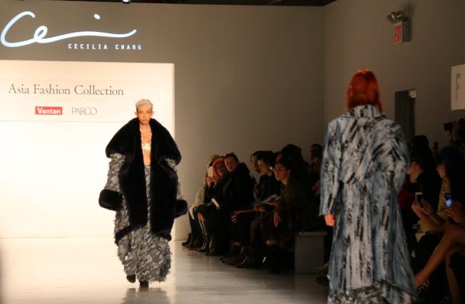 張朔瑜的作品在紐約時裝周展出。(記者高夢梓/攝影)