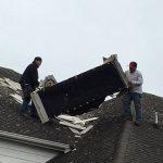 龍捲風肆虐 掀翻華人屋頂