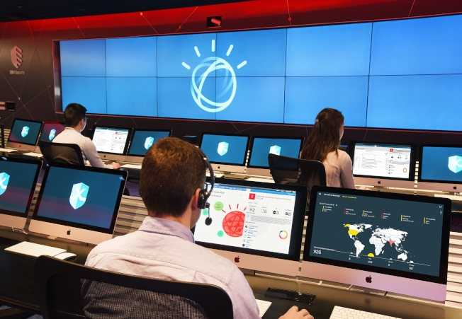巴菲特購買的第一支科技股,就是IBM。(美聯社)