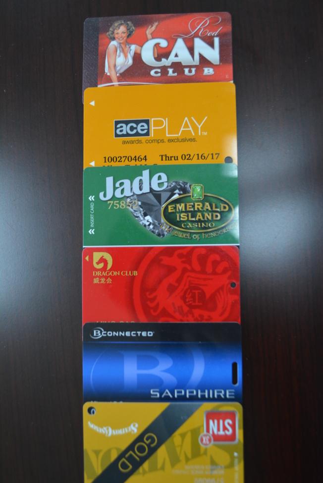 借賭場會員卡讓朋友玩爭取更多點數者,會被賭場認為占便宜,福利可能減少。(記者馮鳴台/攝影)