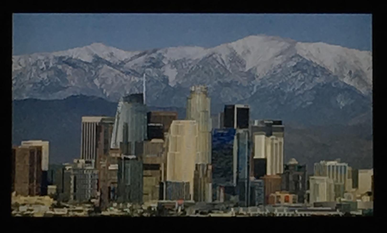 林心雅與李文堯近期為了拍到洛杉磯市區後面的一座山壯觀景象。(記者謝雨珊/翻攝)