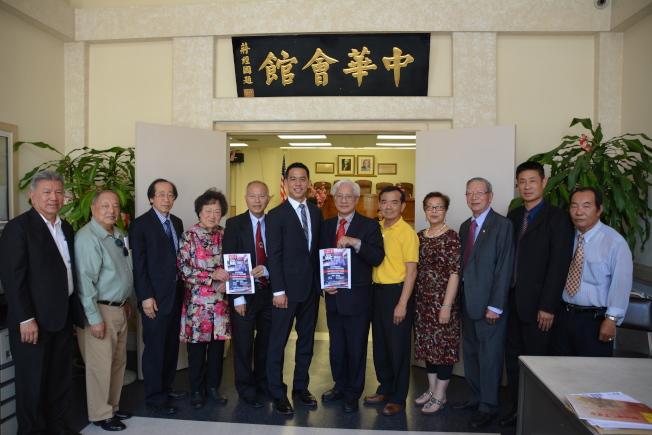 莫宇澤競選34選區國會眾議員獲華埠傳統僑社背書。(記者高梓原/攝影)