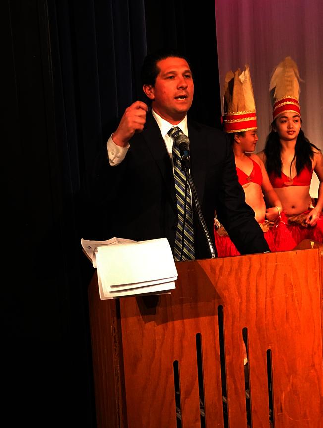 卡尼巴強烈希望通過博覽會促進聖馬刁縣第五區多元文化交流。(記者黃少華/攝影)