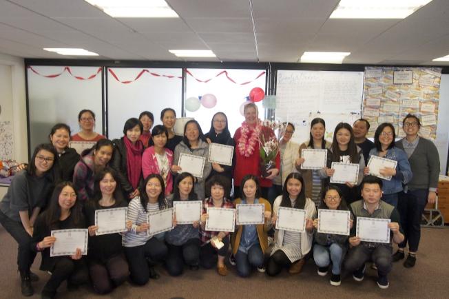 第11屆旅館工人職業進階計畫,20位學員完成七個月課程,21日舉行畢業典禮。(記者關文傑/攝影)