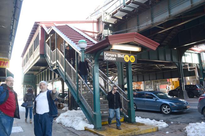 阿斯托利亞對外交通便捷,N線和W線地鐵從Ditmars Blvd起站,直通曼哈頓和布碌崙。(記者許振輝/攝影)