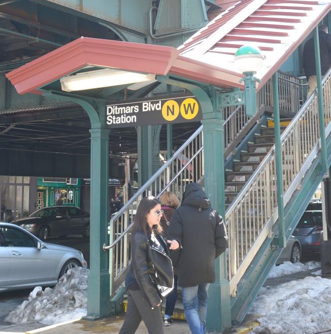 阿斯托利亞對外交通便捷,N線和W線地鐵從Ditmars Blvd起站,沿著31街直通曼哈頓和布碌崙。(記者許振輝/攝影)
