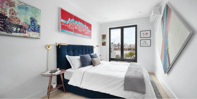 「Graffiti House」公寓內部也極具藝術特色,能隔窗眺望曼哈頓美景。(取材自官網)