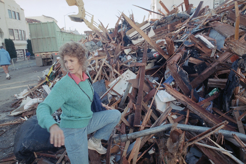 1989年舊金山大地震,滿目瘡痍。美聯社