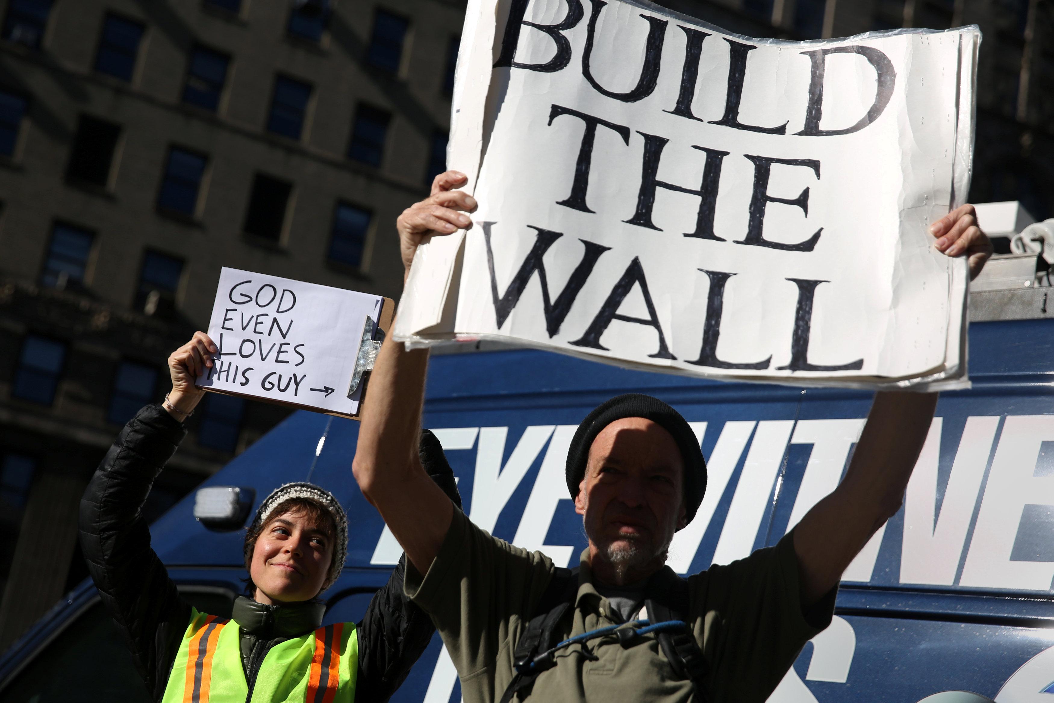 川普在美墨邊境建牆是兌現選舉承諾。(路透)
