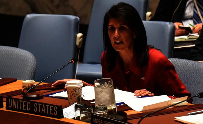 美國駐聯合國大使妮姬‧海理警告,美國不會讓阿塞德繼續使用化武而毋須承擔任何後果,「這些日子已經過去。」(路透)