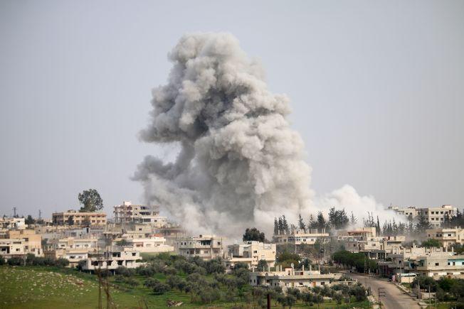 川普飛彈沒屁用——化武連空襲 敘小鎮如鬼域