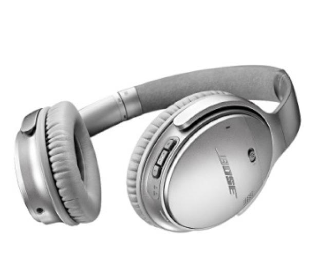 Bose的藍芽無線耳機要價350元,可利用藍芽連結手機APP使用,APP裡頭包含使用者的歌單、廣播選擇,這些使用者的收聽習慣全都外流。(圖取材自官網)
