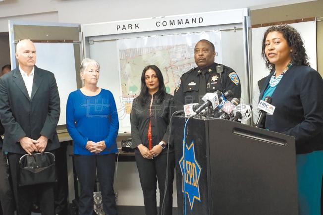 市議會議長布里德(右)宣布今年420大麻會守則。(記者關文傑/攝影)