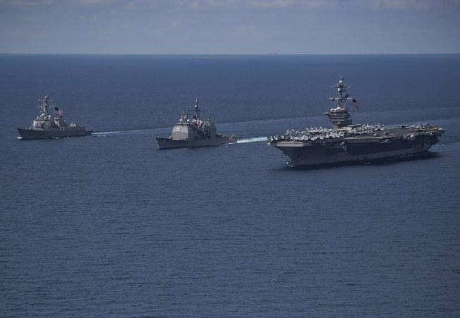 美航母「卡爾文森號」航母戰鬥群,上周在印度洋巡弋時所攝。(Getty Images)