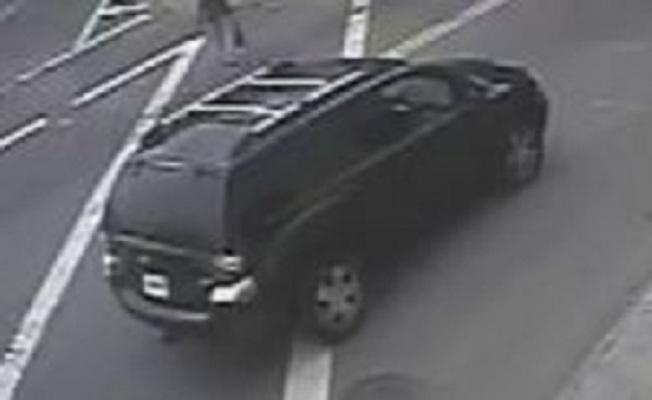 嫌犯逃逸時駕駛的汽車。(警方提供)