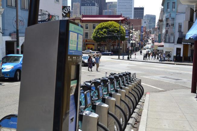 美國共享單車都有單車站。圖為俄勒岡波特蘭的單車站。(北美共享單車協會/提供)