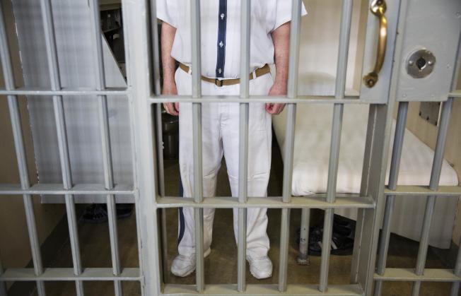司法部長塞辛斯正式通令檢察官,用重典治輕犯,將犯罪者送進監獄。(美聯社)