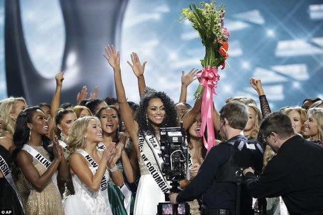 華府小姐麥庫洛贏得美國小姐后冠。(美聯社)